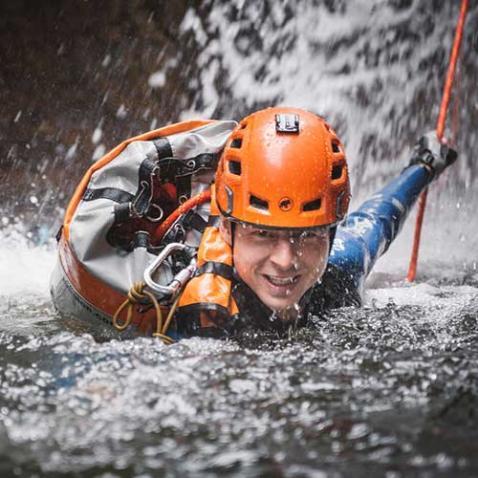 Canyoning für Adrenalinfinder